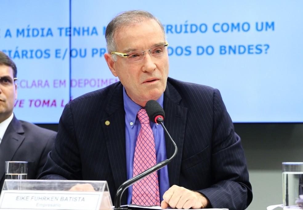 O empresário Eike Batista ao prestar depoimento à CPI do BNDES — Foto: Vinícius Loures/Câmara dos Deputados