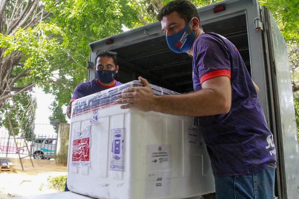 Ceará recebe lote com 151 mil doses da vacina AstraZeneca — Foto: Governo do Estado/Divulgação