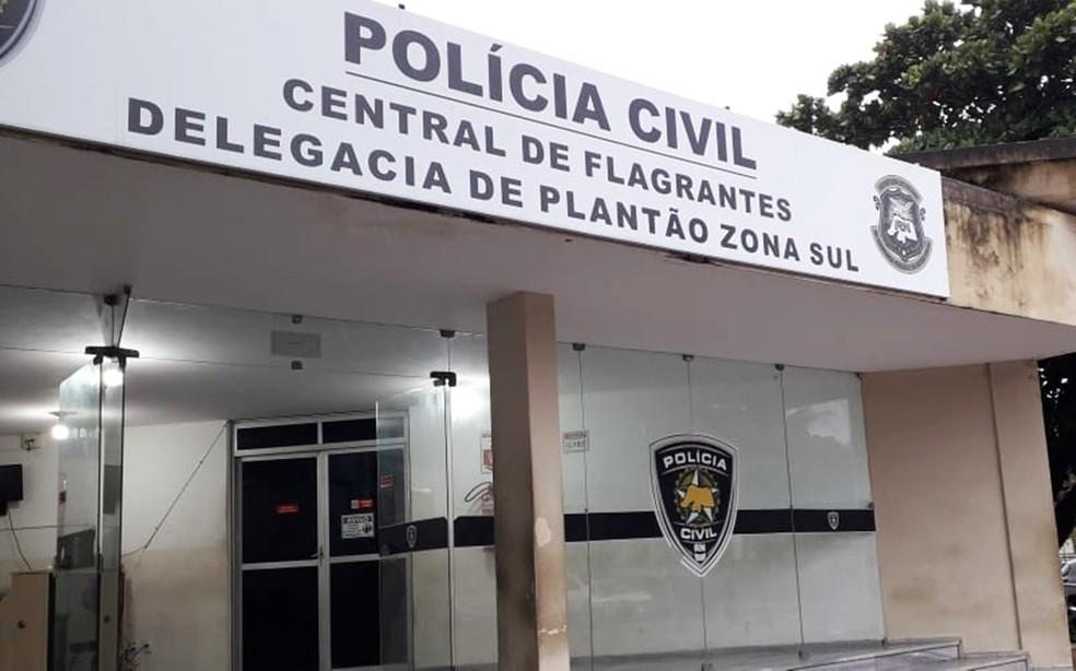 Adolescente apreendido foi levado para a Central de Flagrantes em Natal — Foto: Klênyo Galvão/Inter TV Cabugi