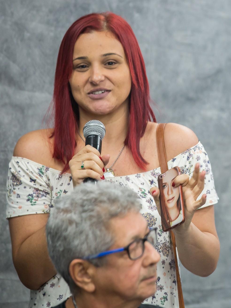 Tinha participou do bate-papo e representou todos os fãs da novela ♥ (Foto: Artur Meninea/Gshow)