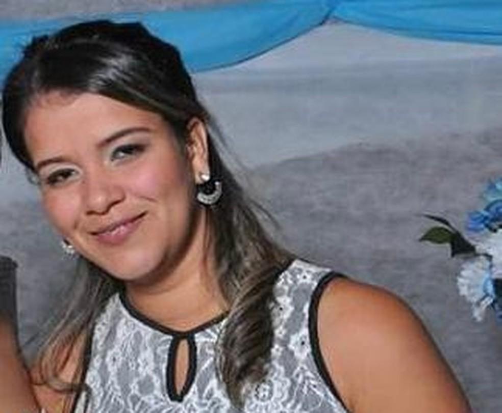 Vanilma Martins dos Santos, de 30 anos, foi morta esfaqueada pelo marido Thiago de Souza Joaquim, de 33 anos — Foto: Arquivo pessoal