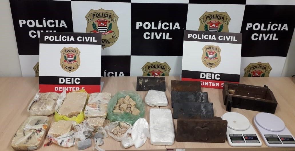 Dupla é presa por tráfico de drogas e associação criminosa em Rio Preto