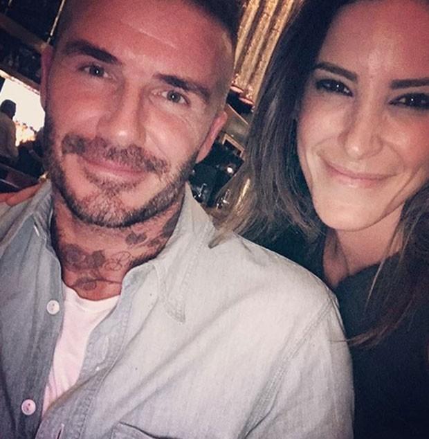 Juliana Leite com  David Beckham  (Foto: Reprodução)