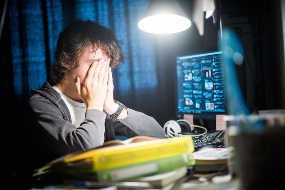 Pressão da escola pode desencadear transtornos mentais em adolescentes (Foto: Voisin/Phanie/AFP/Arquivo)