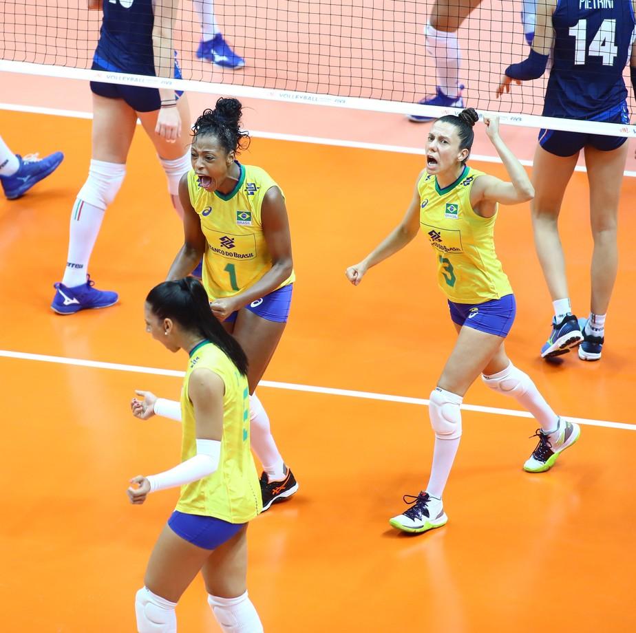 Brasil vence reservas da Itália e assume temporariamente a liderança da Liga das Nações
