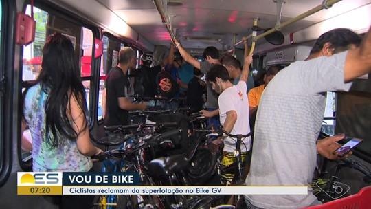 Ciclistas reclamam da superlotação de ônibus do Bike GV, no ES