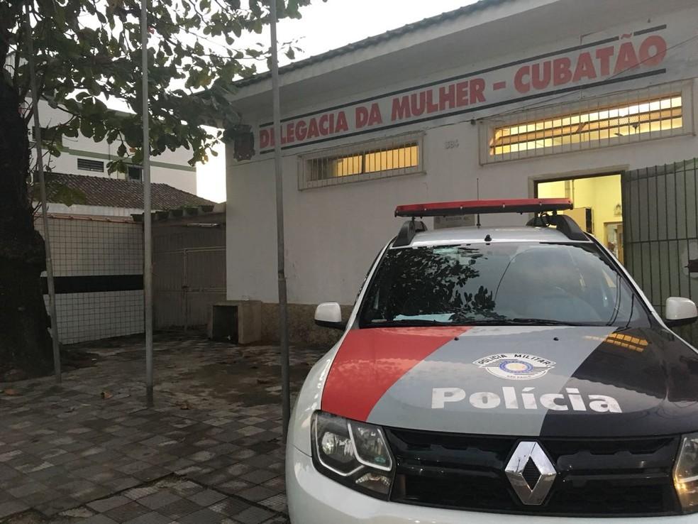 Caso é investigado pela Delegacia de Defesa da Mulher de Cubatão, SP — Foto: Renan Fiuza/G1