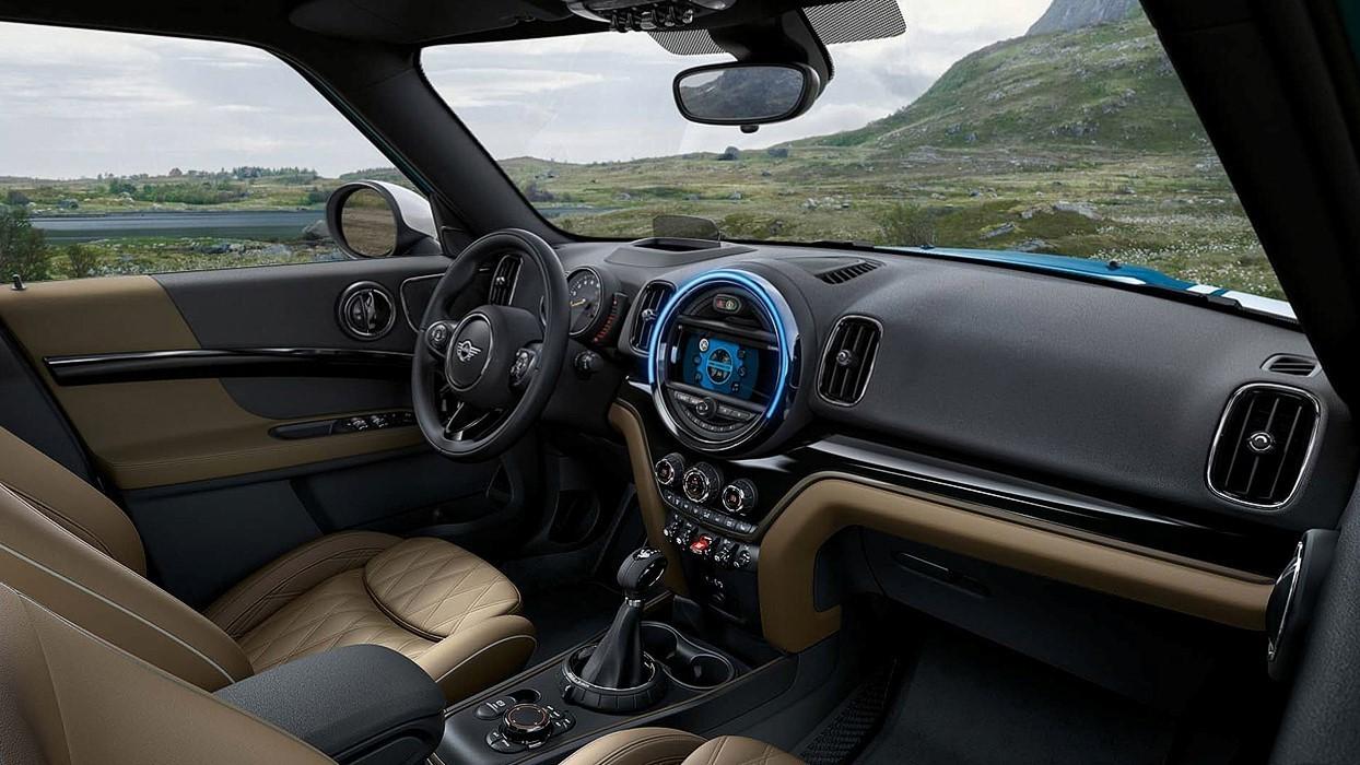 Tradição MINI e novas tecnologias: o mix perfeito para o interior premium do Countryman (Foto: Divulgação)