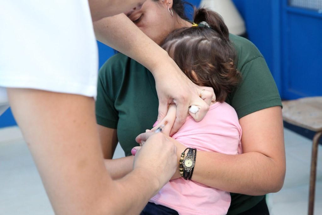 Vacinação contra a gripe: 3ª fase da campanha é dividida em duas etapas em Divinópolis