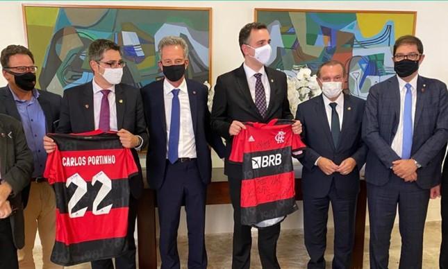 Dirigentes do Flamengo e senadores
