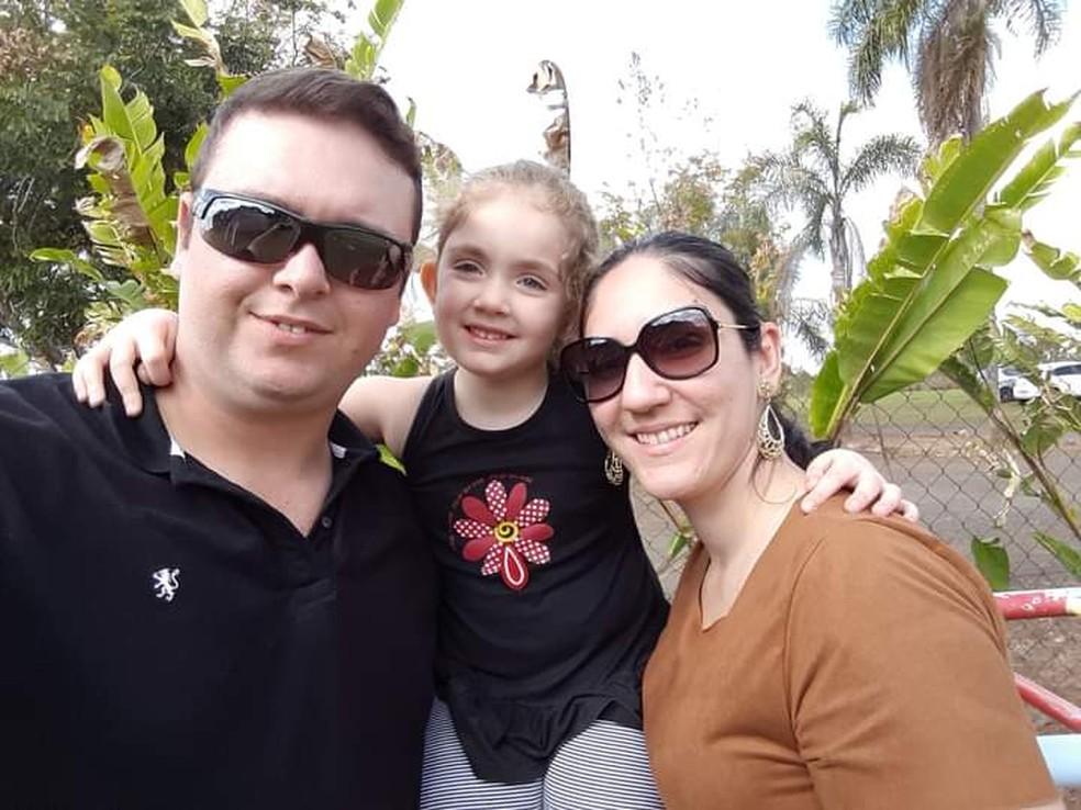 Família de Alice começou campanha para doação de medula óssea em Areiópolis  — Foto: Jéssica Lopes Sartorelli/Arquivo pessoal
