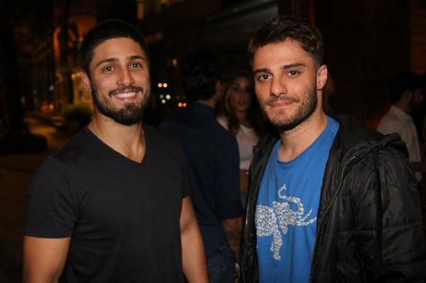 Daniel Rocha e Hugo Bonemer (Foto: Daniel Delmiro / AGNews)