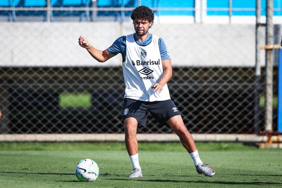 Victor Ferraz, lateral-direito do Grêmio — Foto: Lucas Uebel/Grêmio