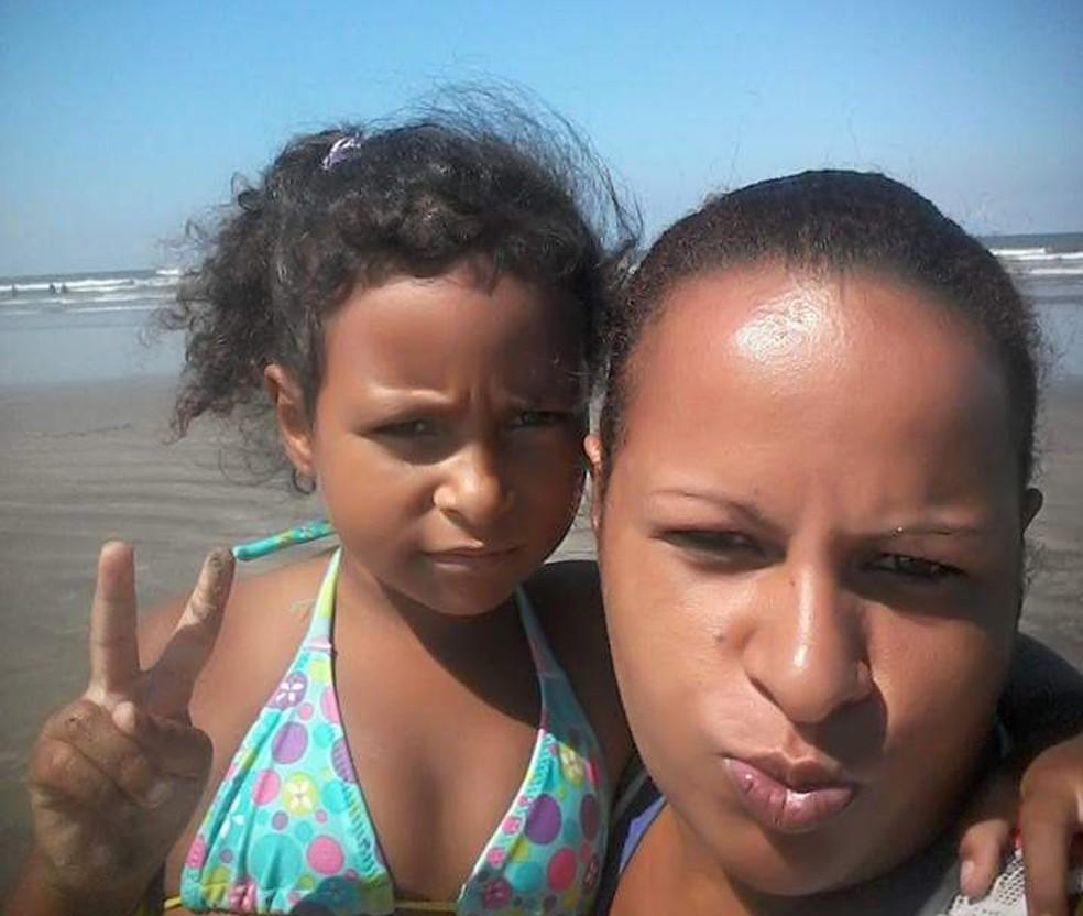 Diana Soares, mãe de Kauani Cristhiny, acredita que a filha tenha sido sequestrada em Mongaguá, SP â?? Foto: Arquivo Pessoal/Diana Soares