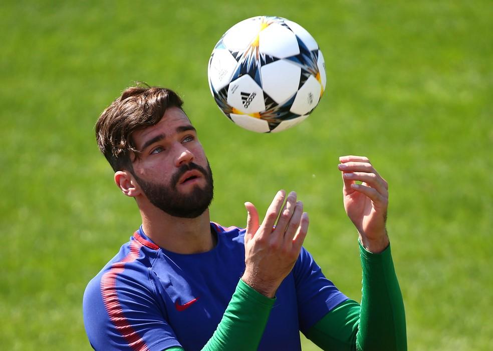 Alisson, da Roma, é o goleiro titular da Seleção (Foto: Reuters)