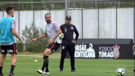 Perto da zona de rebaixamento, Corinthians busca vitória para se reerguer no Brasileiro