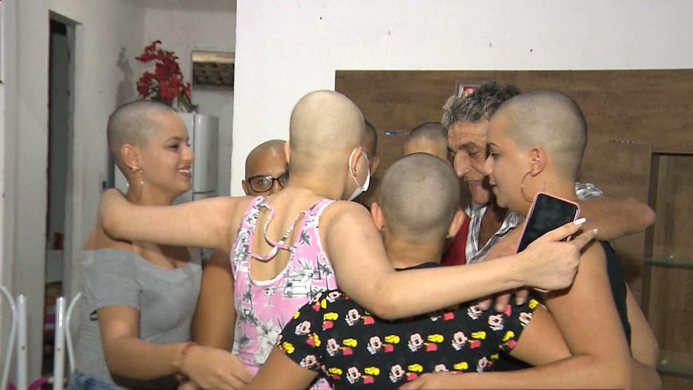 Família se uniu após diagnóstico de leucemia em Vitória, na Paraíba — Foto: Reprodução/TV Cabo Branco