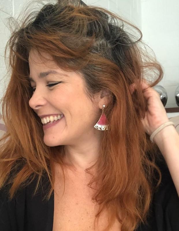 Samara Felippo mostra cabelos grisalhos (Foto: Reprodução/Instagram)