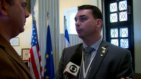 Flávio Bolsonaro diz que viagem do presidente a Israel é 'aproximação histórica'