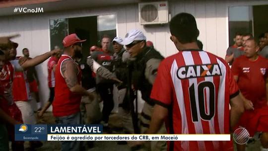 """Feijão quebra o silêncio e fala sobre agressões no CT do CRB: """"Não esperava, mas tá virando moda"""""""