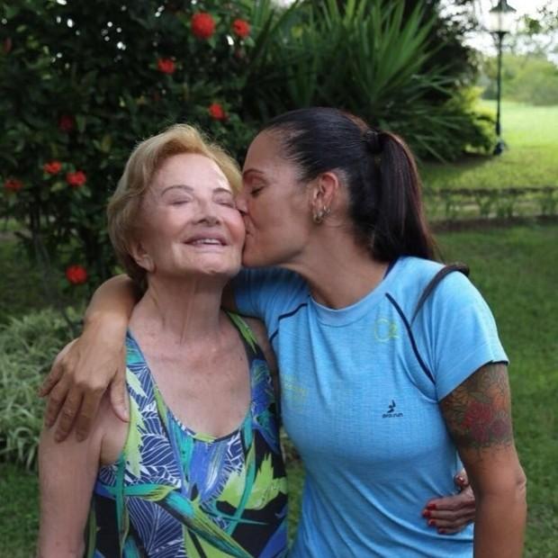 Glória Menezes e Mocita Fagundes (Foto: Reprodução/Instagram)