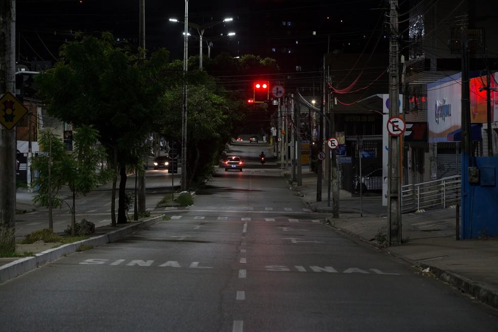 Redução de circulação de veículos em Fortaleza — Foto: Thiago Gadelha/SVM