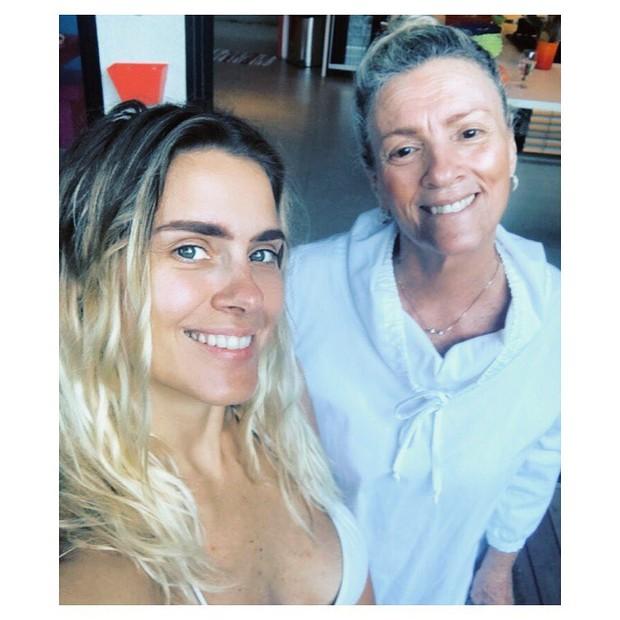 Carol Dieckmann e sua mãe (Foto: Reprodução Instagram)