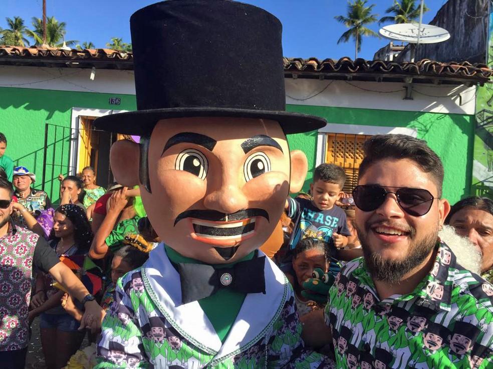 Thales de Siqueira é organizador do Calunguinha na Folia, em Olinda — Foto: Mônica Silveira/TV Globo