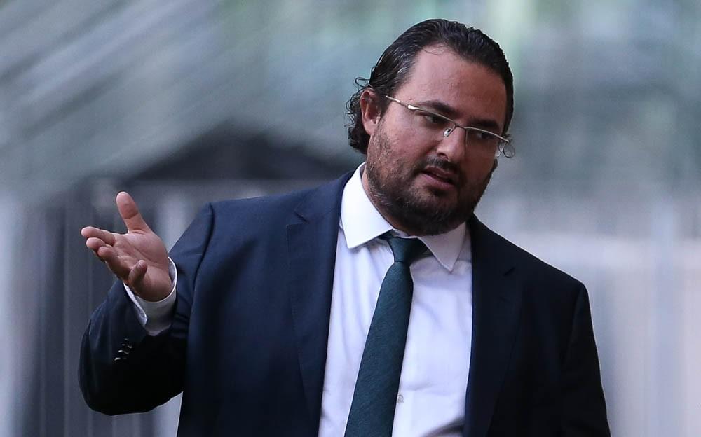 Mattos aproveita ambiente da Seleção para negociações pelo Palmeiras