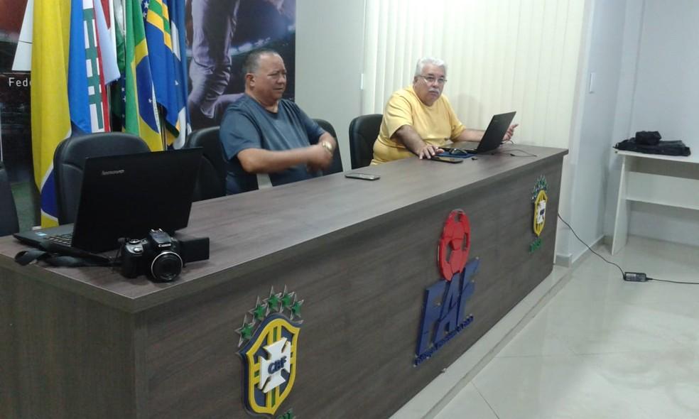 Faf e clubes do Amazonas se reúnem e definem término do estadual — Foto: Lissandro Windson