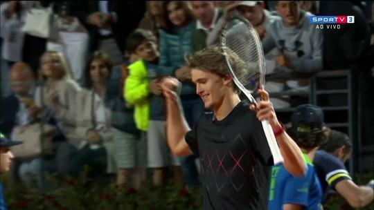 "Zverev supera tie-break ""maluco"", bate Cilic e pega Nadal na final de Roma"