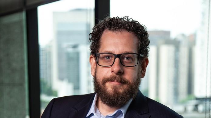 Resultado de imagem para O advogado Fábio Carvalho é o novo dono da empresa