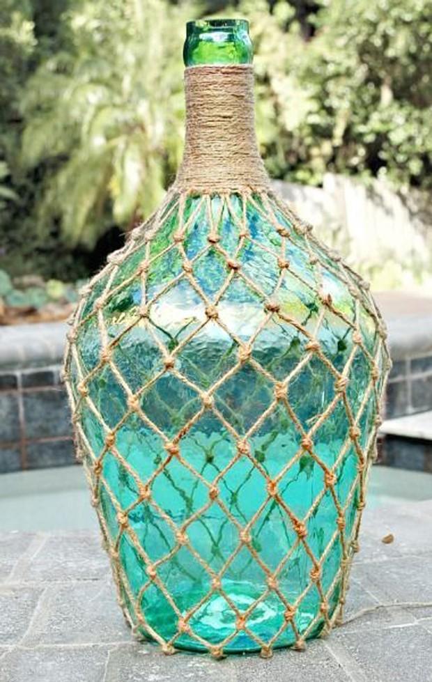 Garrafa decorada com cordas  (Foto: Pinterest/Reprodução)