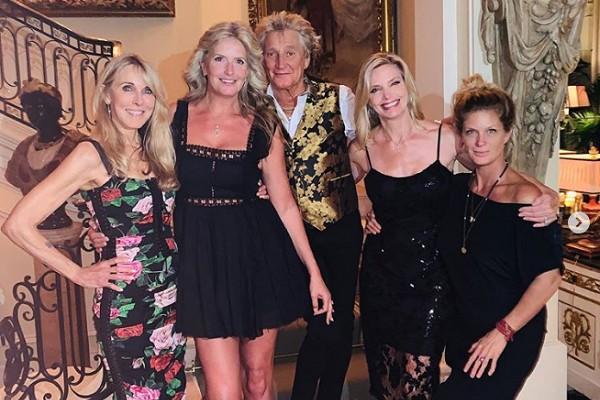 Rod Stewart, sua atual esposa e três das suas ex (Foto: Instagram)