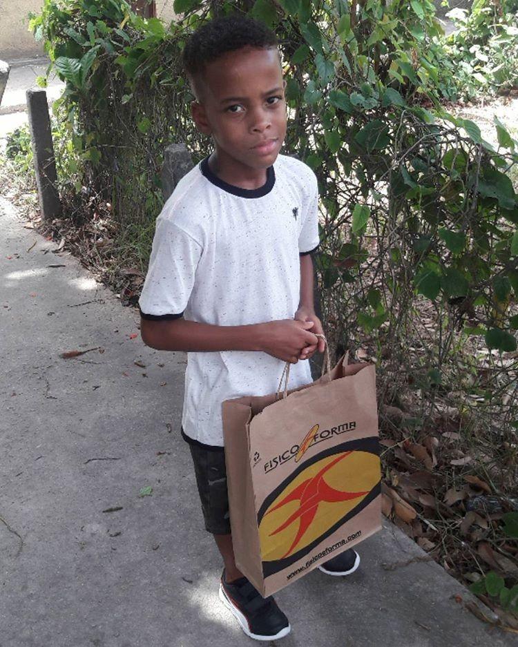 O primeiro neto de Tati Quebra-Barraco, Kauã (Foto: Reprodução/Instagram)