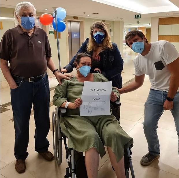 Bárbara Bruno recebe alta hospitalar