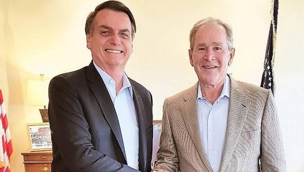 Bolsonaro e Bush se encontram nos Estados Unidos (Foto: Reprodução/Facebook)