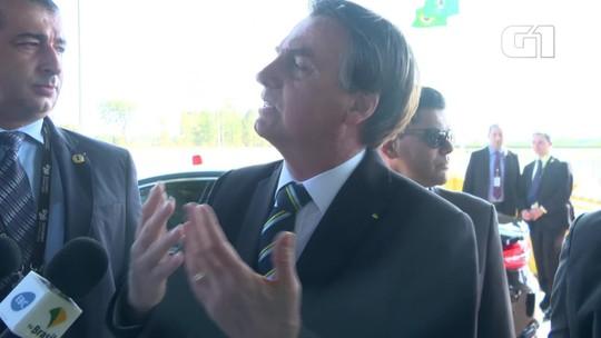 Bolsonaro critica 'pressão em cima' do filho Eduardo por conta de indicação para embaixada