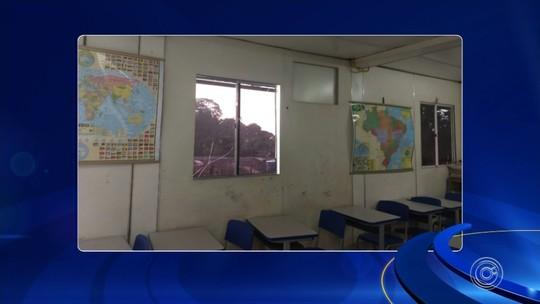 Juíza interdita escola que usava contêiner como sala de aula há cinco anos: 'Perigo iminente'
