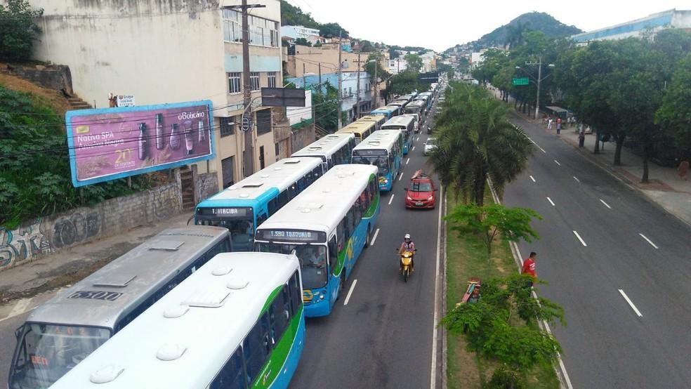 Trânsito em Vitória (Foto: Kaique Dias/ Gazeta Online)