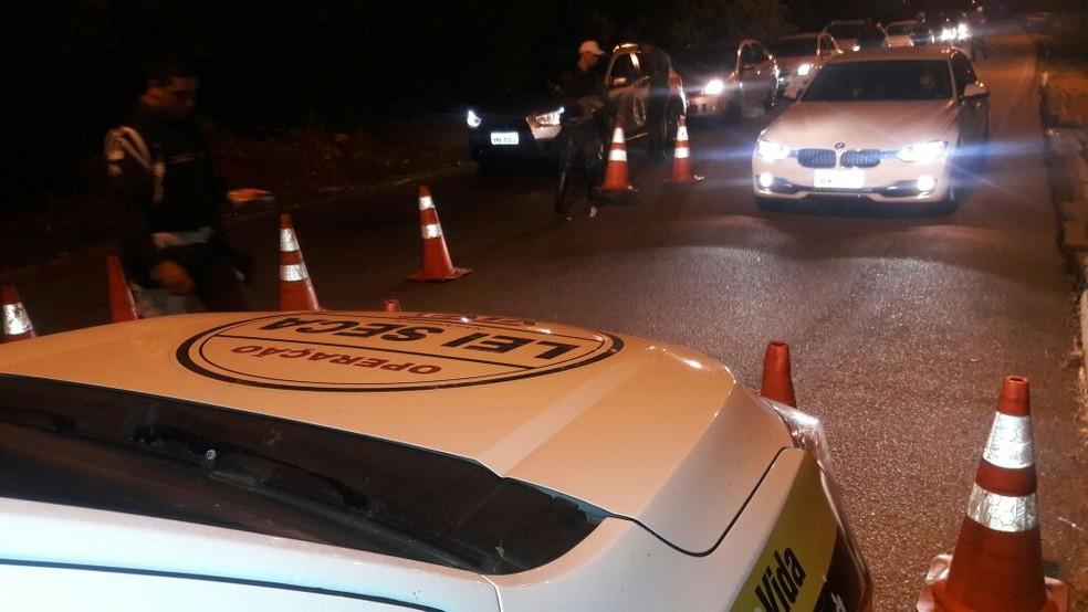 Operação também removeu três motocicletas e fez outras 36 autuações diversas — Foto: Detran/Divulgação
