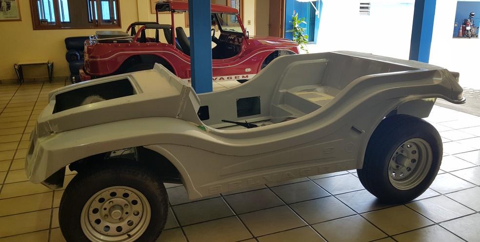 Primeiro buggy elétrico do RN já com carcaça espera motor e baterias do projeto de desenvolvimento — Foto: Renata Moura