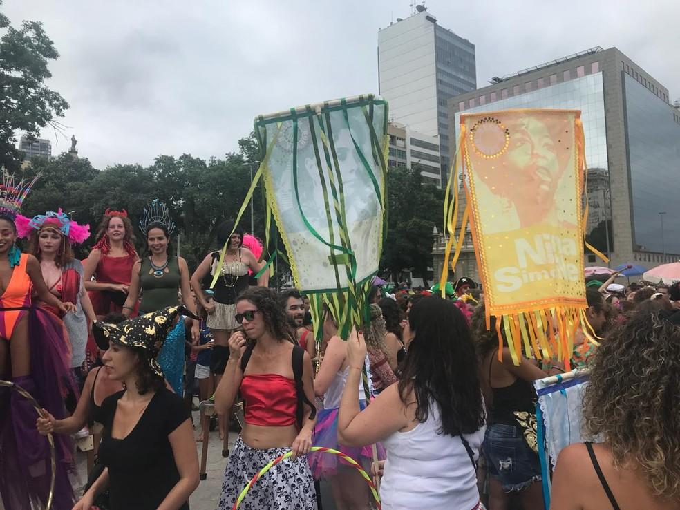 Bloco Mulheres Rodadas desfilou neste domingo no Centro (Foto: Fábio Fabato/Arquivo pessoal)