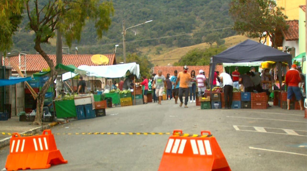 Após 43 novos casos de Covid-19 confirmados, Prefeitura de Extrema decide fechar comércio