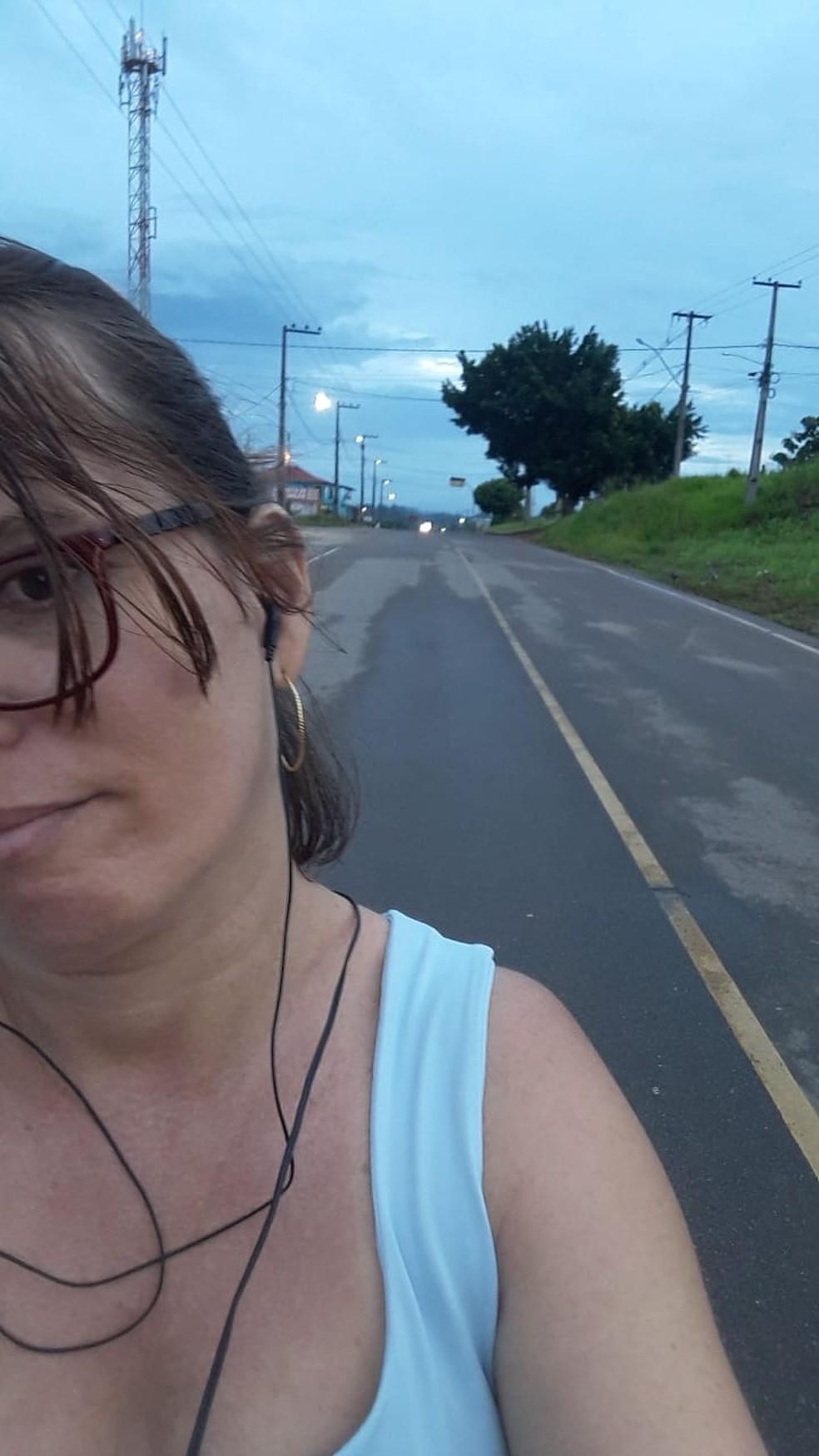 Nete caminha na área urbana e rural do município de Nova União — Foto: Arquivo Pessoal