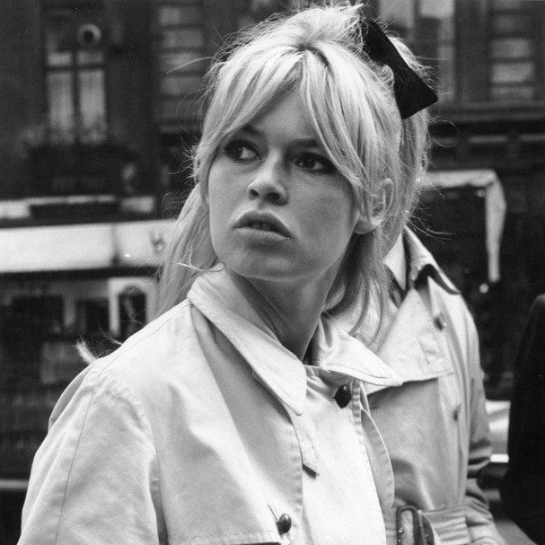 31st October 1963:  Brigitte Bardot, French film star and sex symbol visiting  London's Regent Street.  (Photo by Evening Standard/Getty Images) (Foto: Getty Images)
