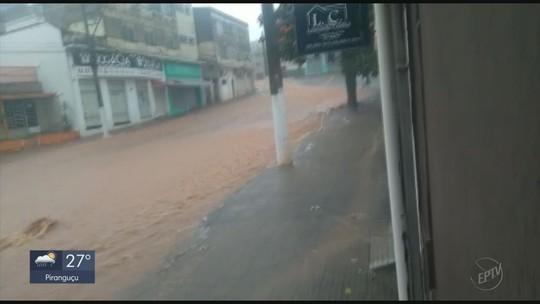 Após chuvas fortes, moradores e Defesa Civil monitoram nível do Rio Guaxupé