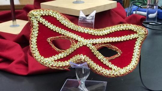 Baixe os moldes e faça máscaras de Carnaval personalizadas