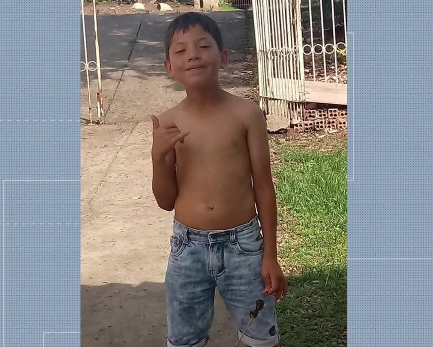 Menino de 12 anos morre após ser atropelado por carro em Curitiba; motorista fugiu