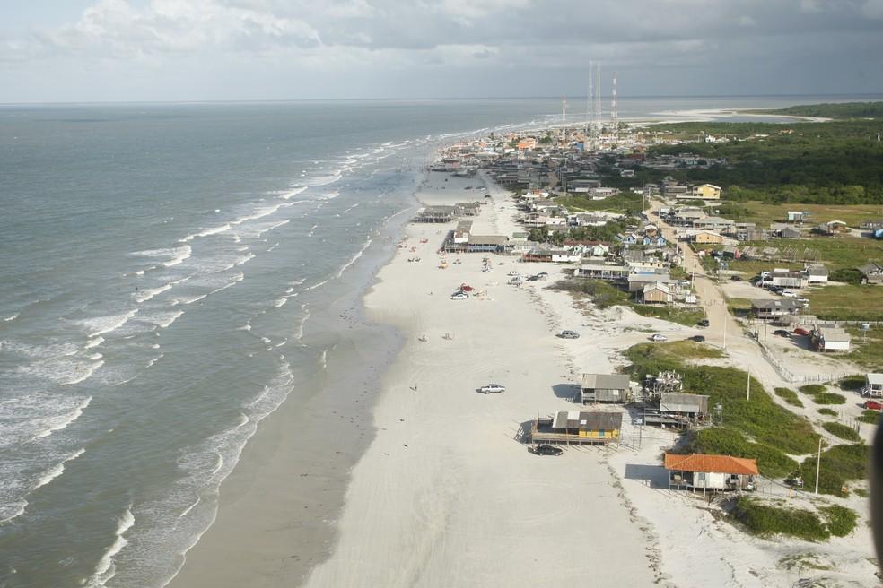 A praia de Ajuruteua transpira paz e é de uma natureza incrível — Foto: Reprodução/O Liberal